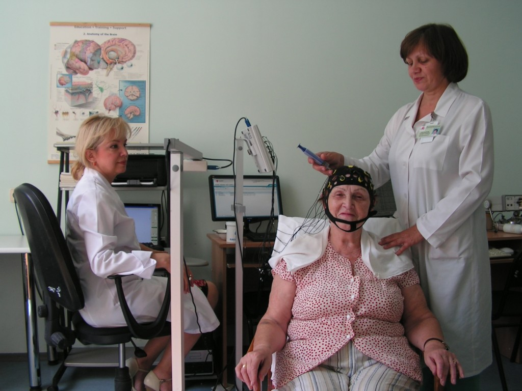 Процедура РЭГ для пожилой женщины
